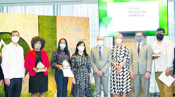 Periodistas de DL, Forbes y Nuria   obtienen premio