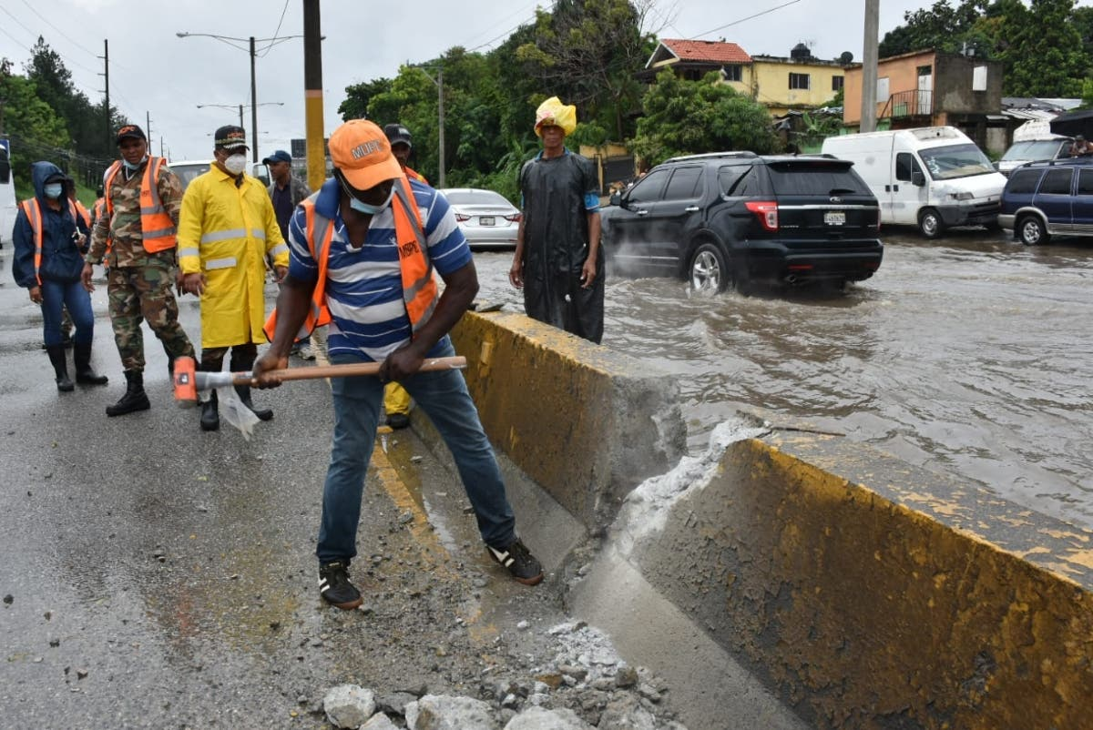 Obras Públicas busca solución del drenaje