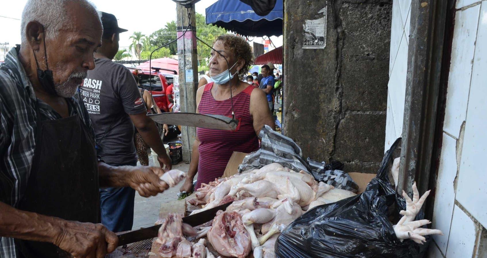 A pesar de los altos precios, la población se vuelca a consumir  pollo
