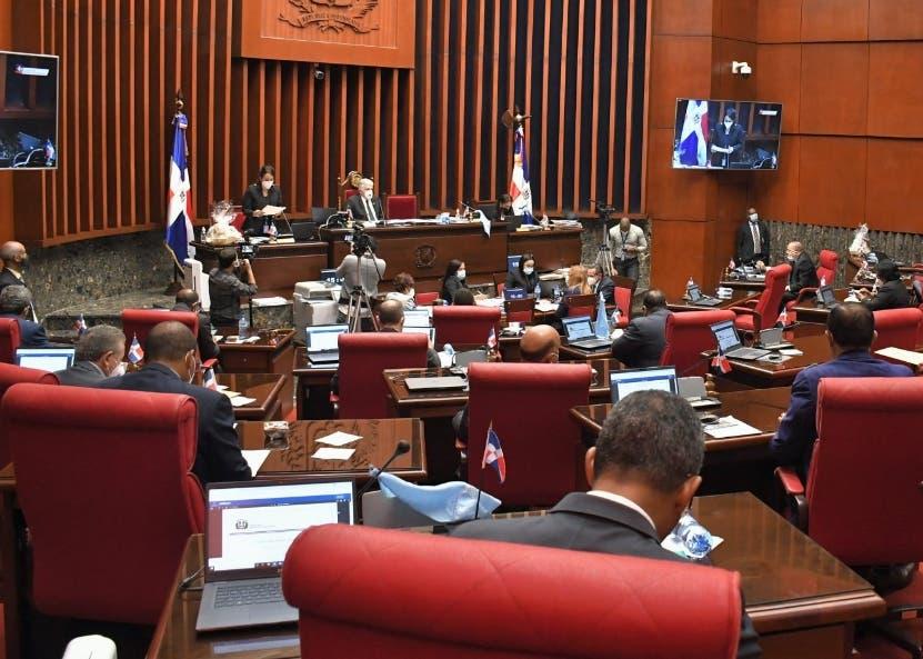 Senadores dejan código penal para próxima legislatura