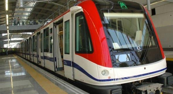 Se desmaya hombre en las vías de estación del Metro