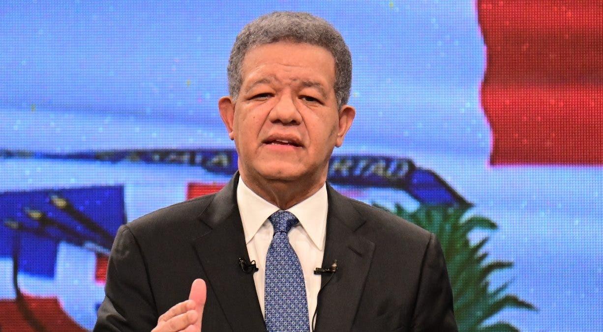 Leonel conciliador destaca esfuerzos del Gobierno, pero también lo critica