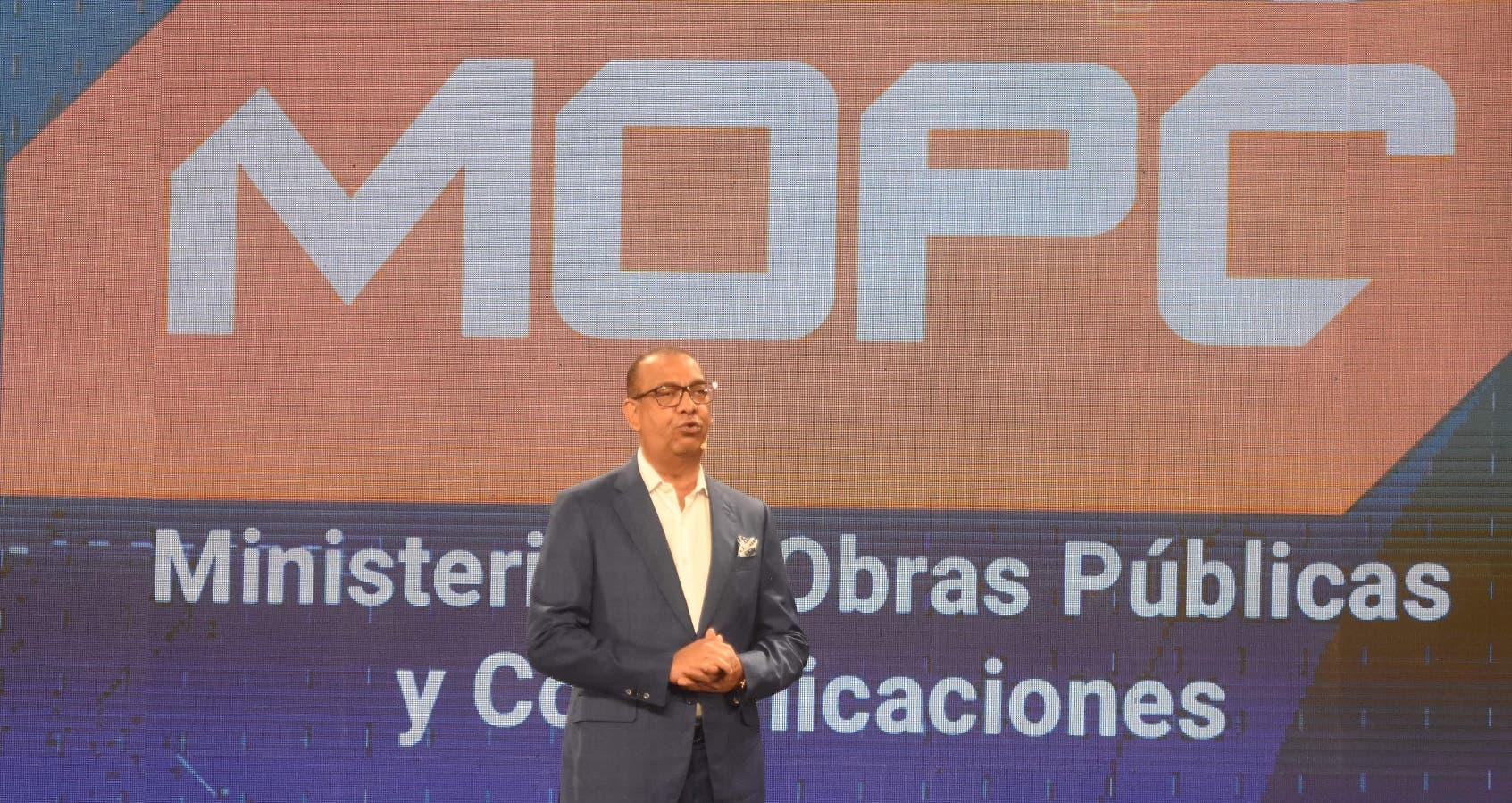 Ministro de Obras Públicas destaca inversión de 77 mil millones en obras
