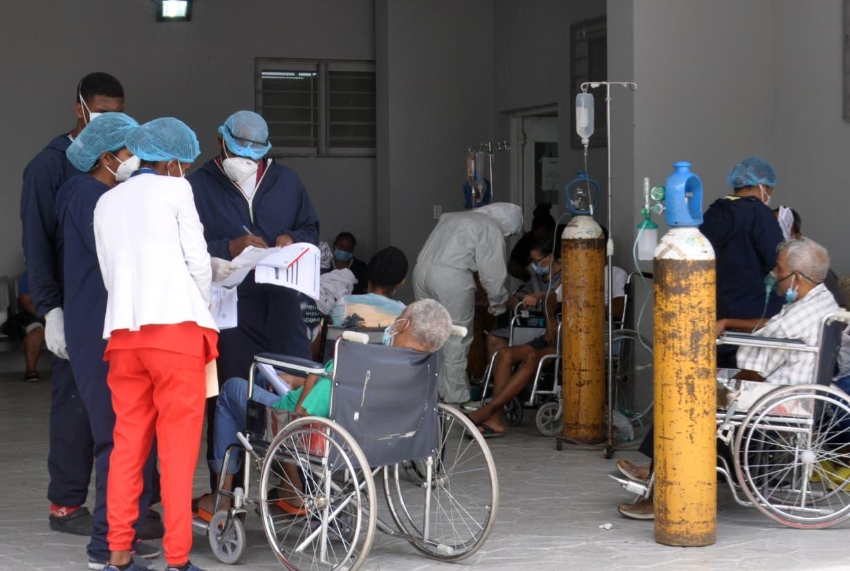 Médicos estuvieron al límite tras llegada Covid-19
