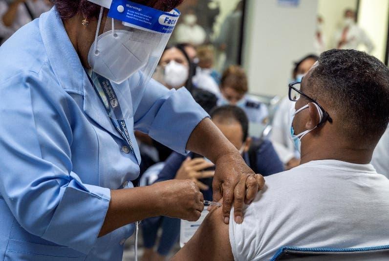 Salud Pública pide población termine esquema de vacunación