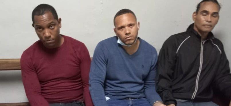 Policía Nacional apresa a tres por raptar y robar a casacambistas