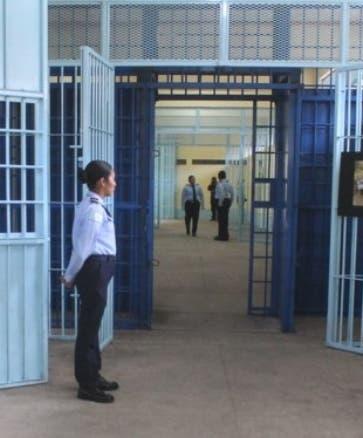 Los abogados pueden visitar centros sin la cita previa