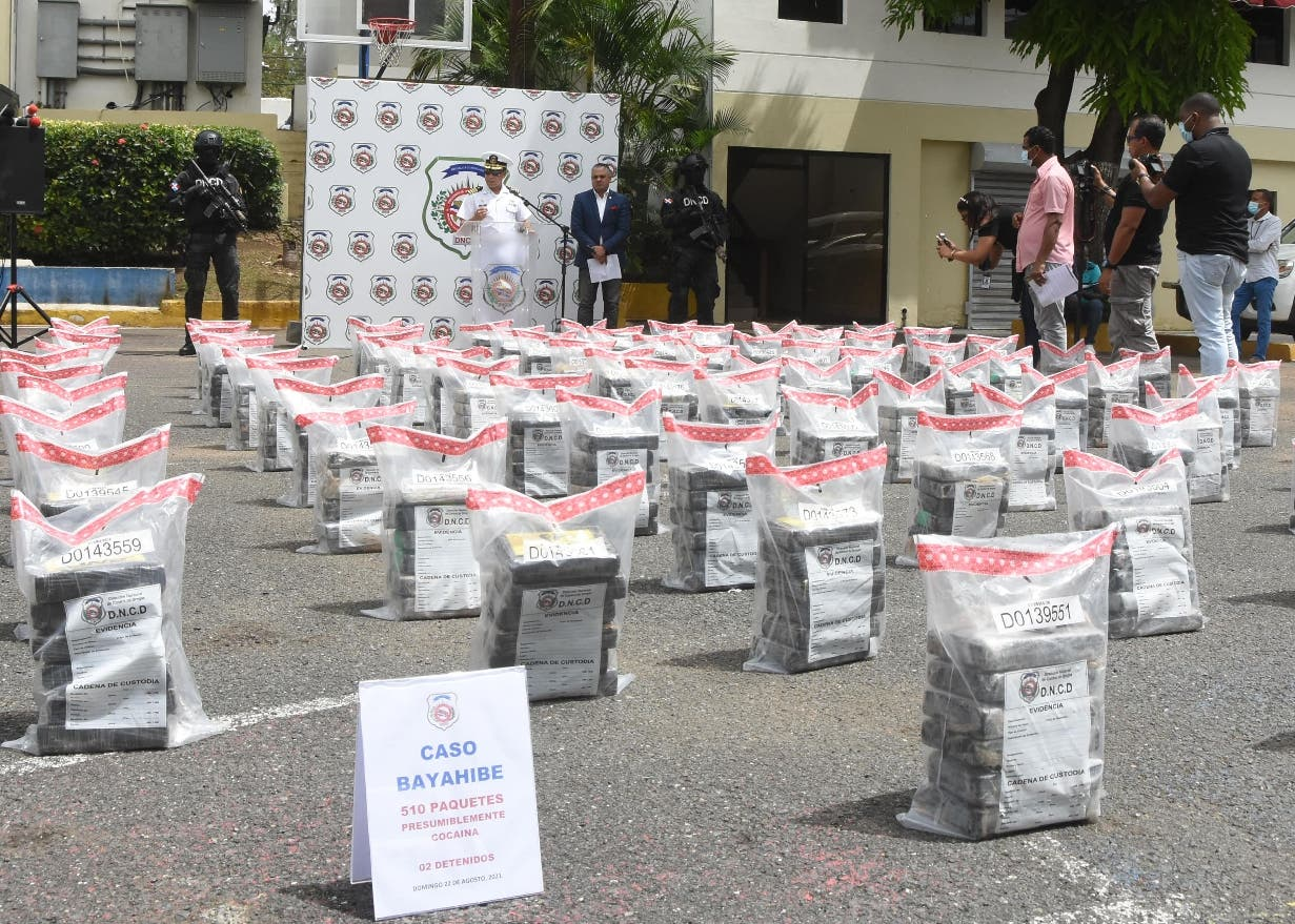 Autoridades ocupan  30 toneladas de drogas