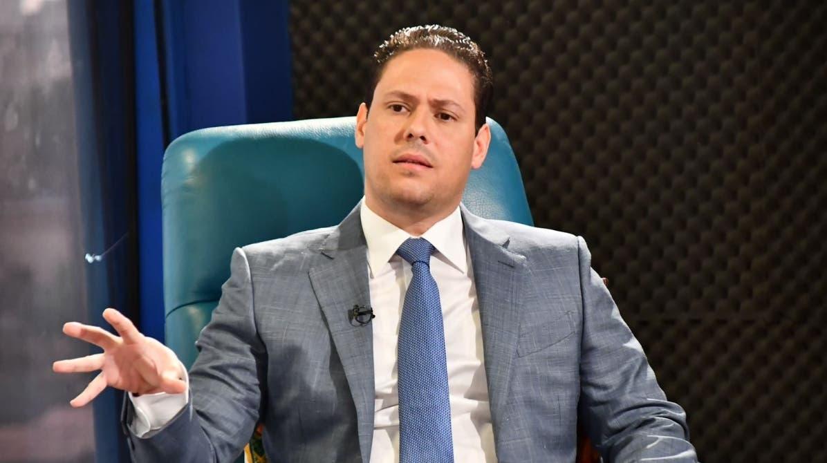 Luis Abinader designa al ministro de Vivienda
