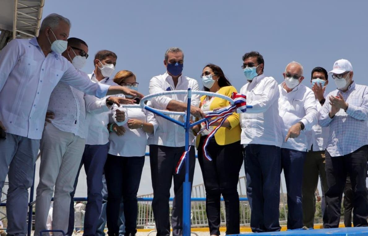 El presidente Luis Abinader inaugura proyectos en Azua