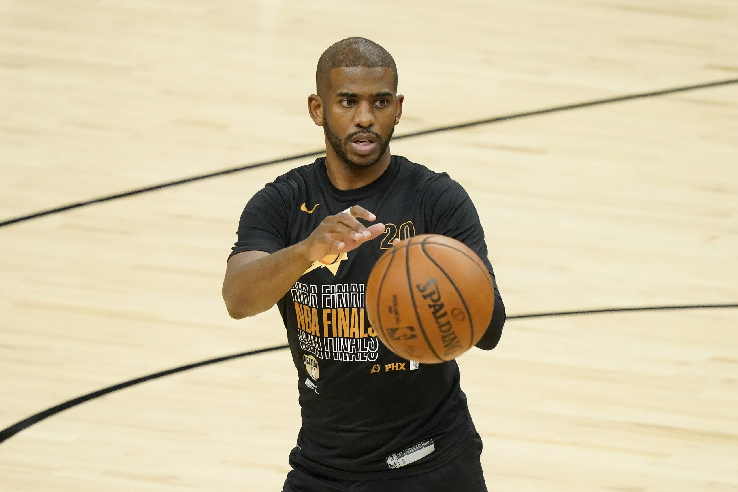 Paul sigue con Suns; Young, en Atlanta; Lowry se va a Miami; Lonzo, a Chicago