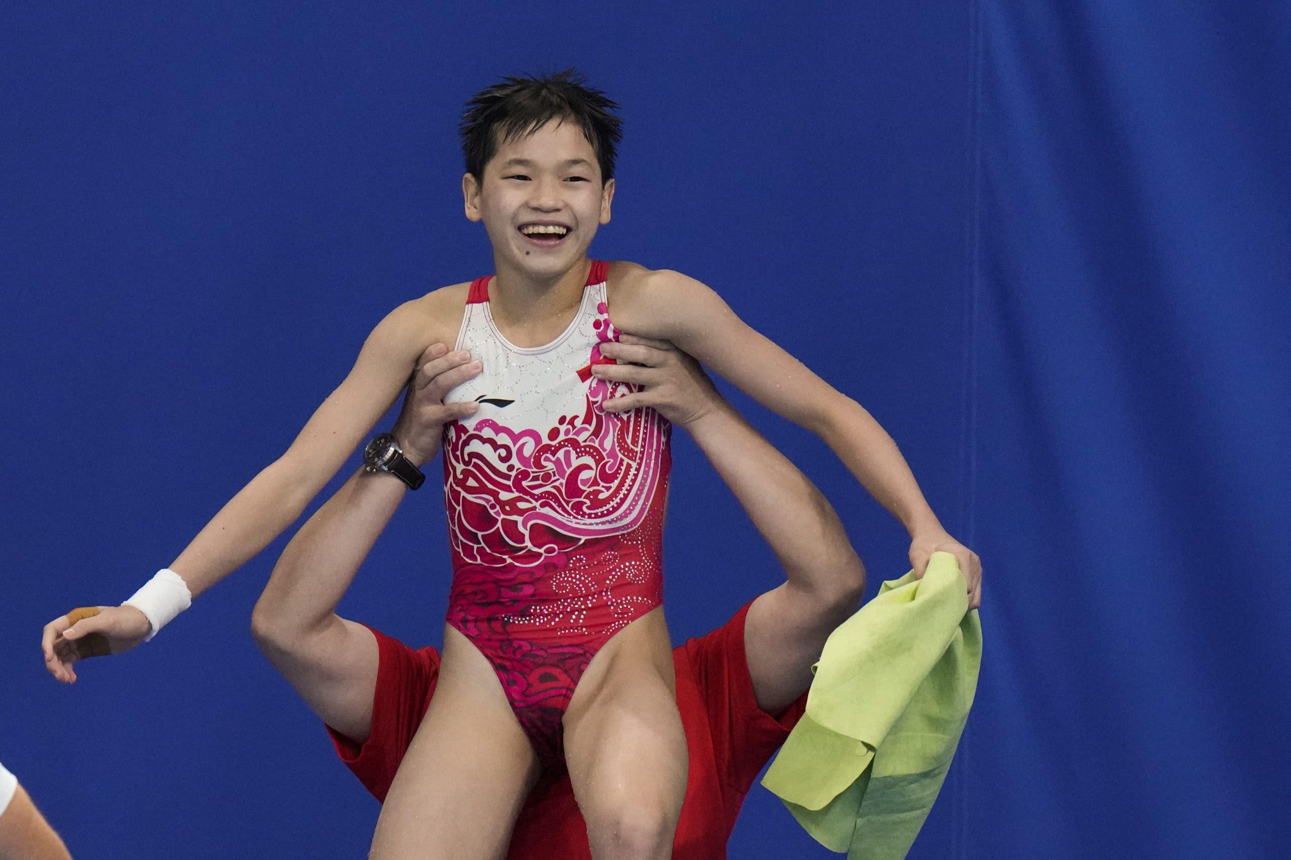 Juegos Olímpicos de Tokio: Quan Hongchan, la clavadista de 14 años que obtuvo dos 10 perfectos e hizo historia