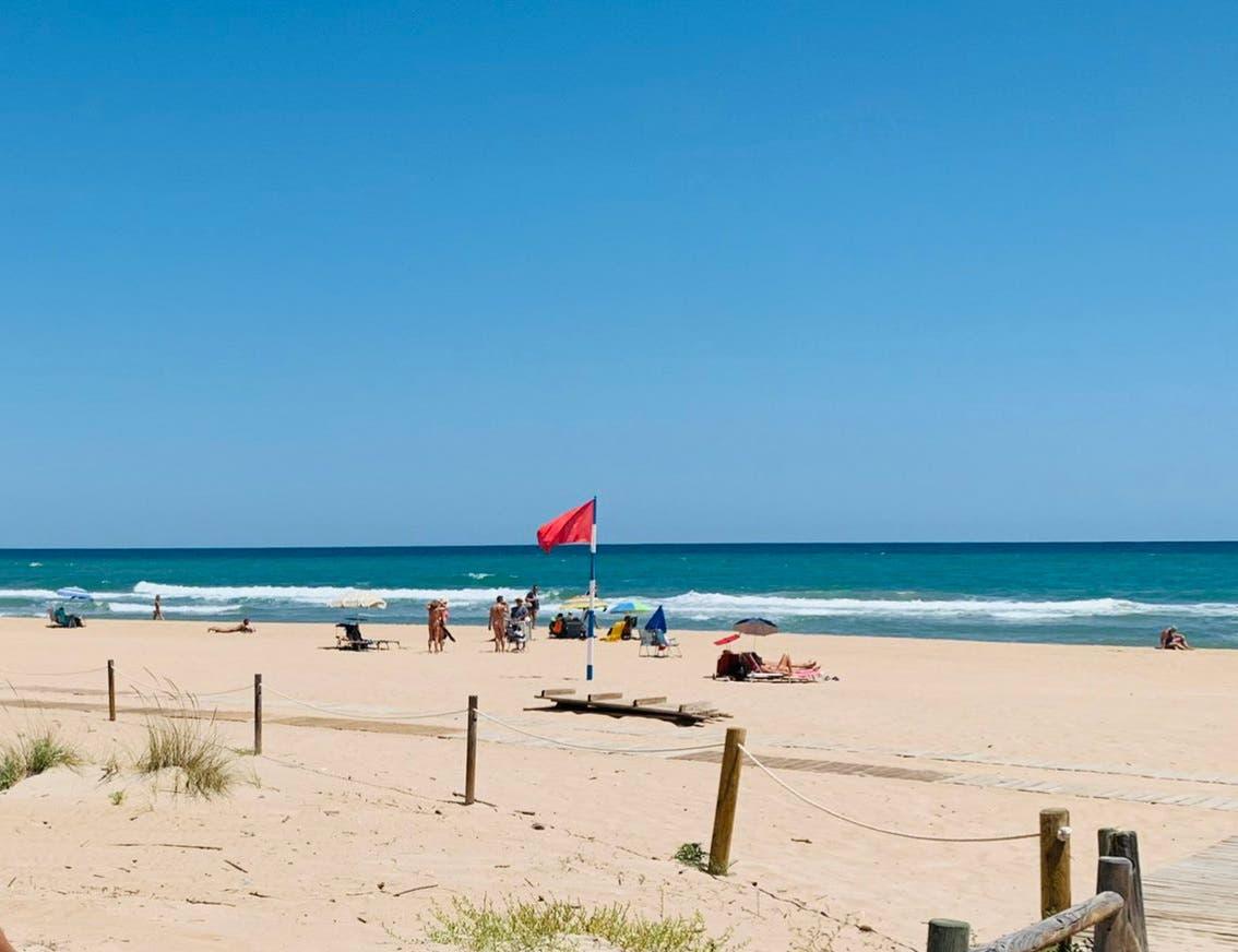 Autoridades restringen uso de balnearios en playas y ríos de Puerto Plata como medida preventiva