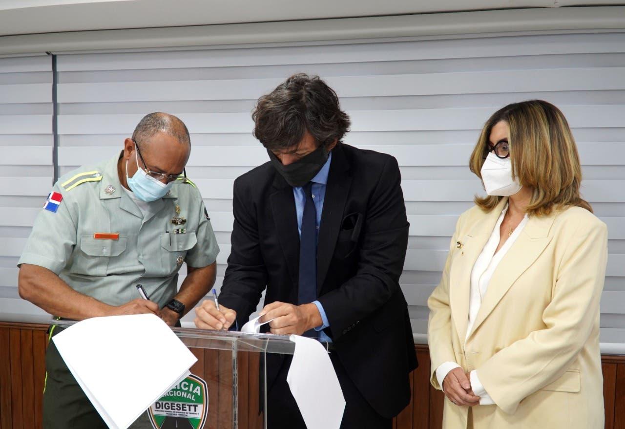 DIGESETT y Casa del Conductor renuevan acuerdo para mejorar  servicios