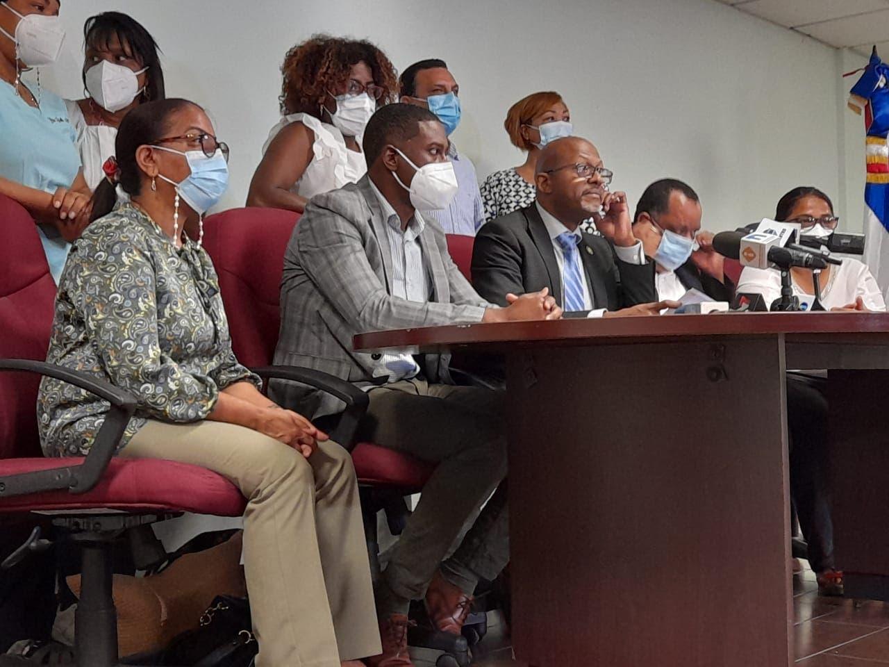 Regional del Distrito del CMD denuncia irregularidades en cuatro hospitales