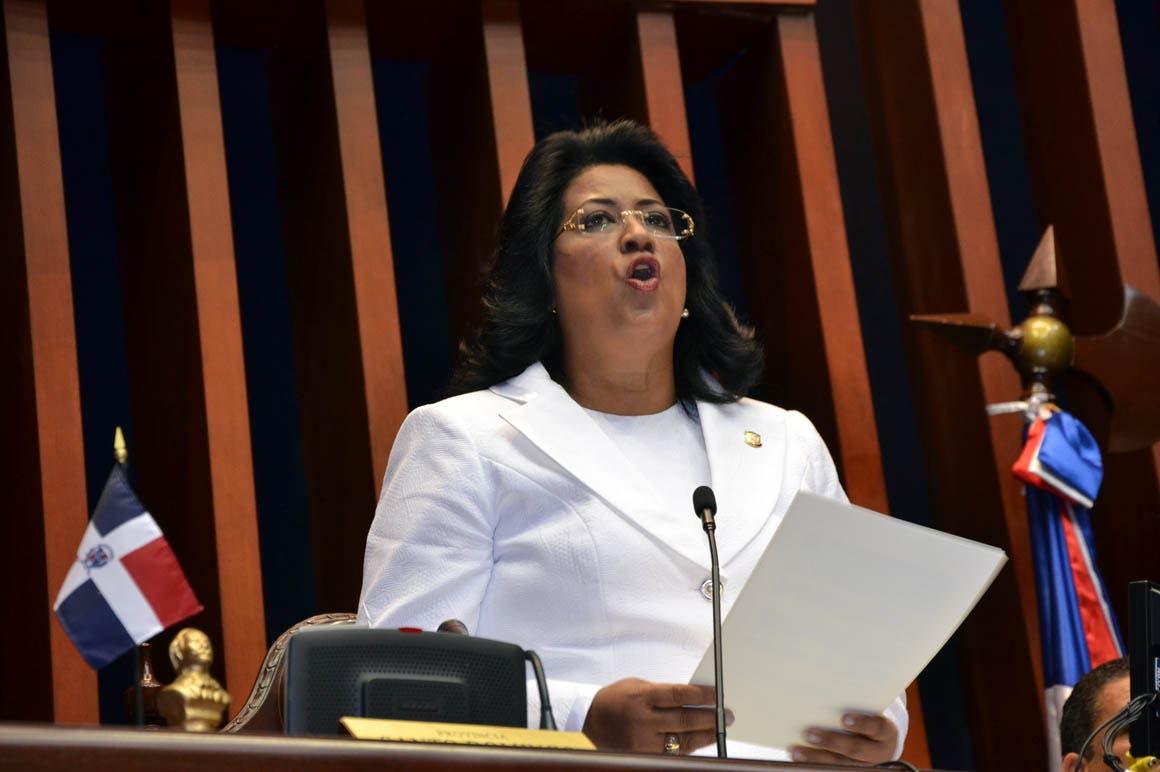 Solo una mujer ha presidido el Senado de la República en casi 60 años