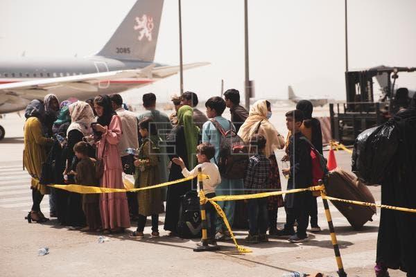 Estados Unidos evacuó a 3,000 personas de Kabul en las últimas 24 horas