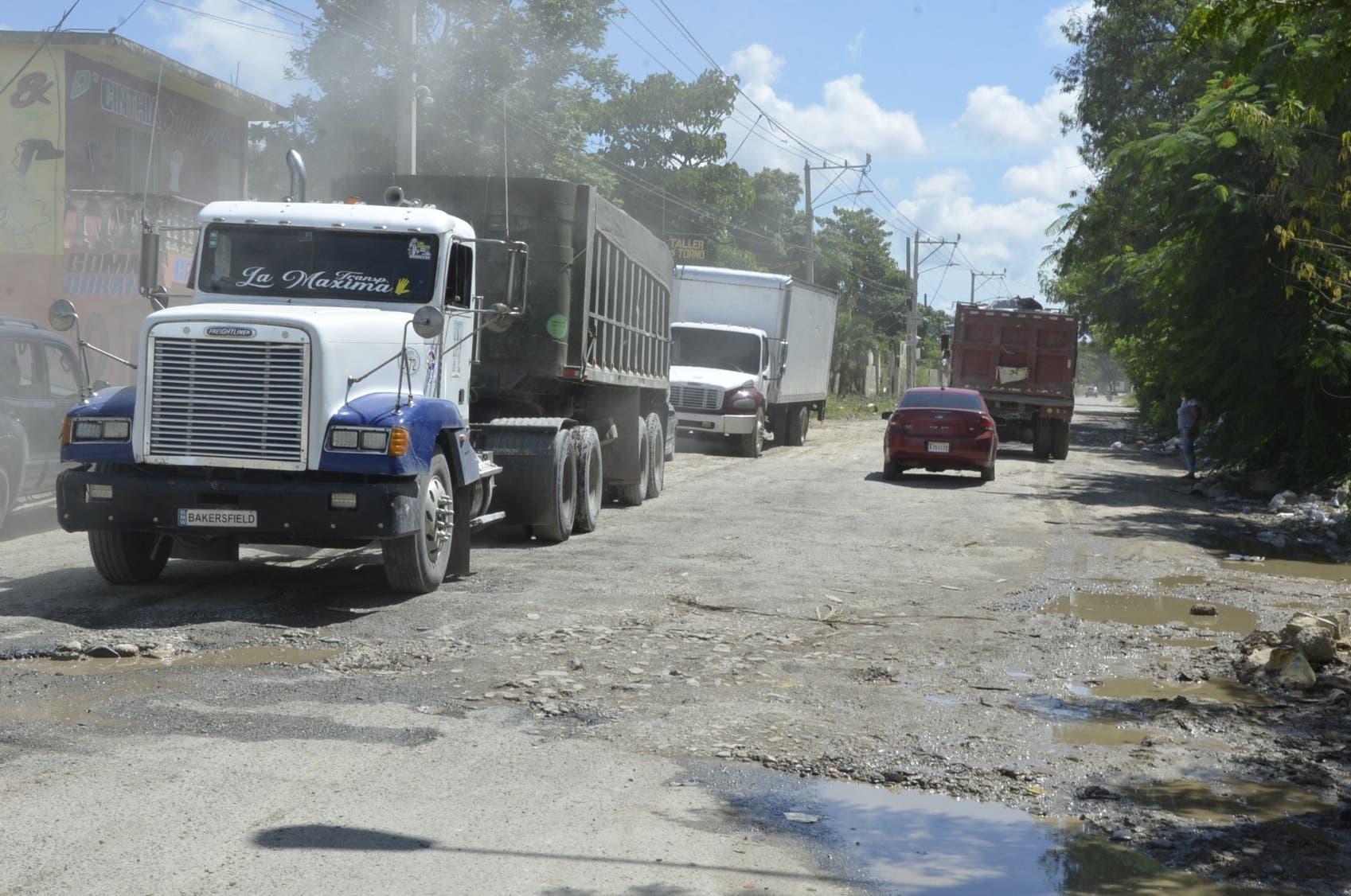Calles de Hato Nuevo reflejan años de abandono de sus autoridades