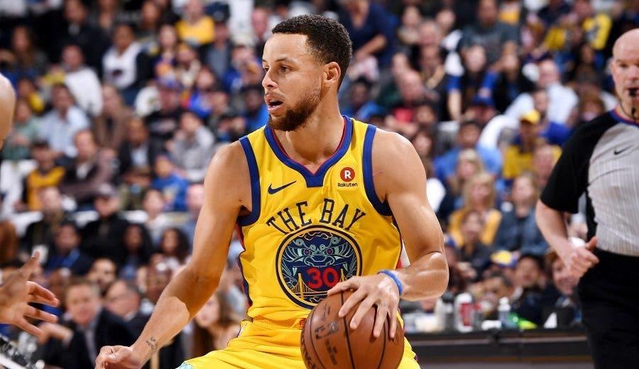 Stephen Curry acepta una extensión de 4 años y $215 millones con Warriors