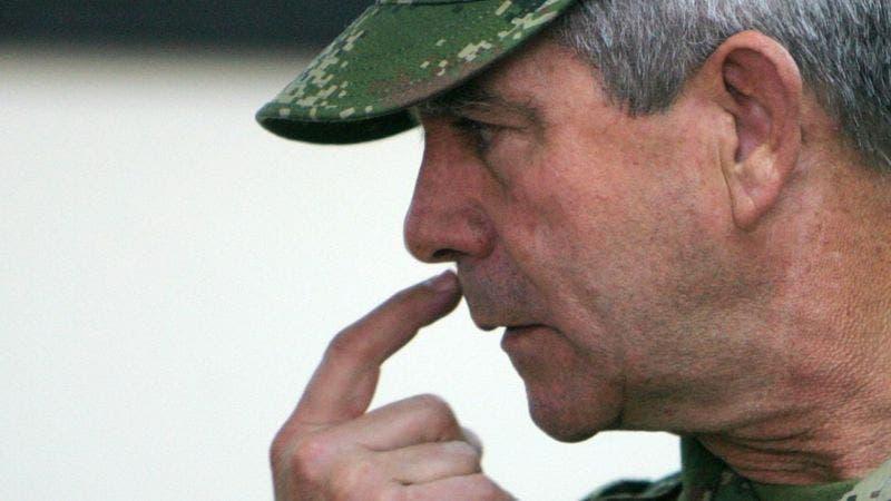 Quién es Mario Montoya, el general colombiano imputado por 104 homicidios de «falsos positivos»