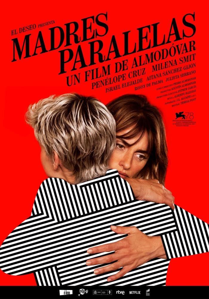 """Penélope Cruz abraza a Milena Smith en el nuevo cartel de """"Madres paralelas»"""