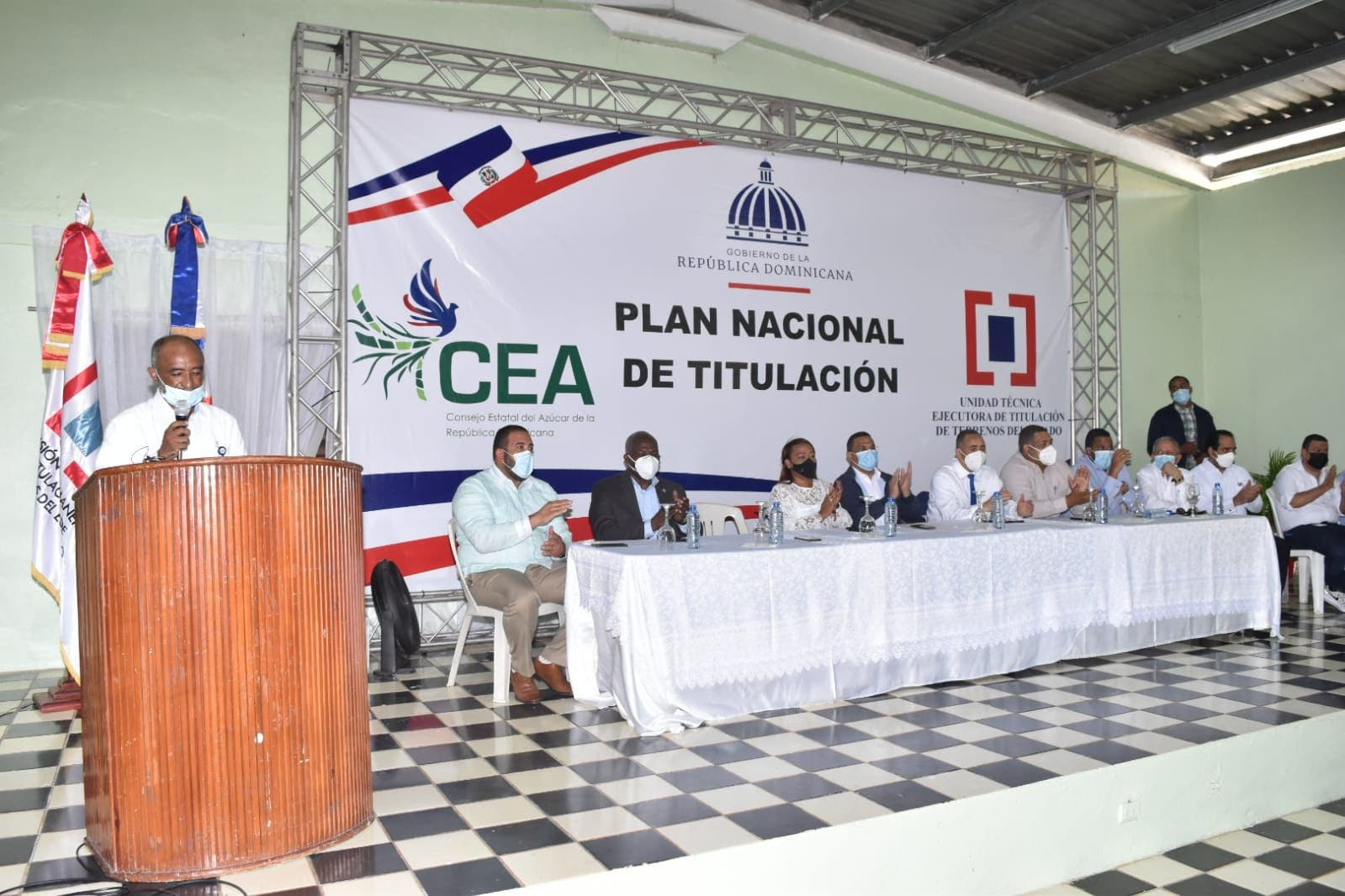 Inician procesos de titulación en San Pedro de Macorís
