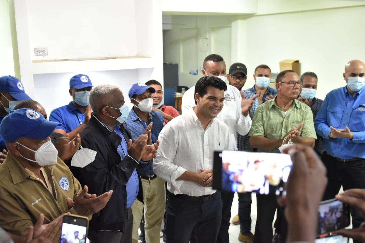Director del INAPA anuncia construcción de acueducto en  Navarrete