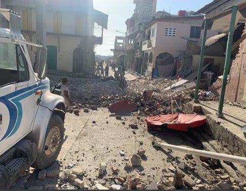 Aumenta a 227 cifra de muertos por sismo en Haití