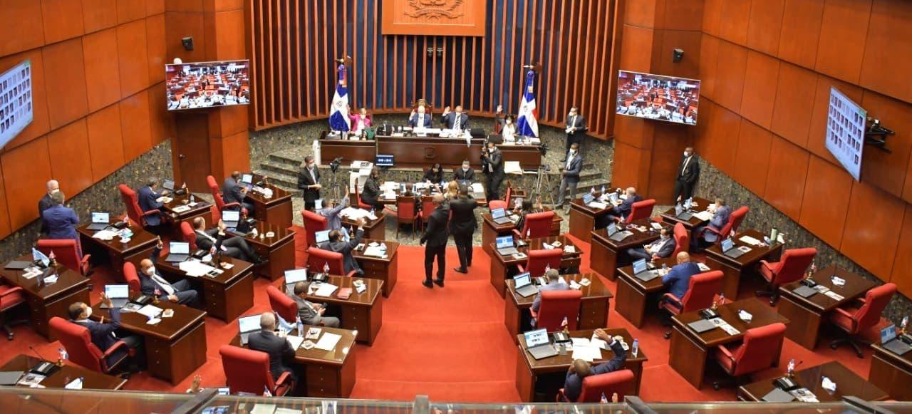 Senado envía proyecto de Código Penal a comisión bicameral