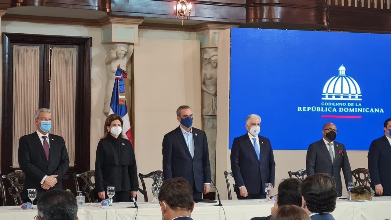Presidente Abinader promulga la nueva Ley de Aduanas
