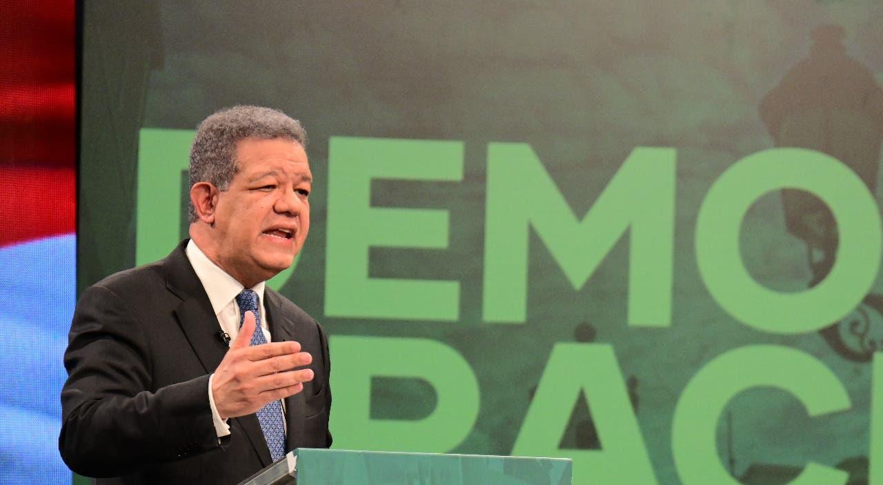 """Leonel Fernández: """"Gobierno manipula estadísticas para confundir al  pueblo"""""""