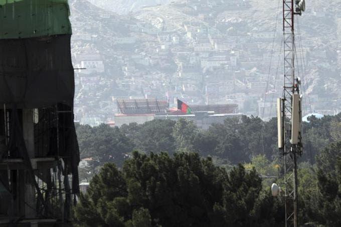 Al menos 15 muertos tras dos atentados junto al aeropuerto de Kabul