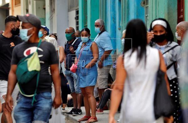 Cuba reporta máximos de 9,747 nuevos casos de covid y 87 muertos en un día