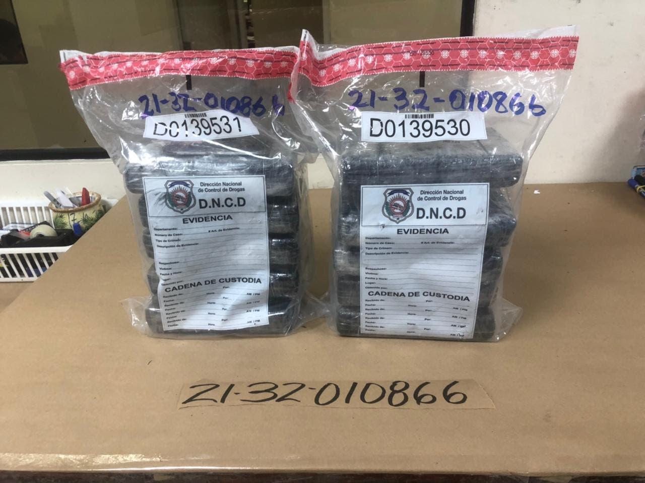 DNCD incauta 10 paquetes de cocaína en Puerto de Haina Oriental