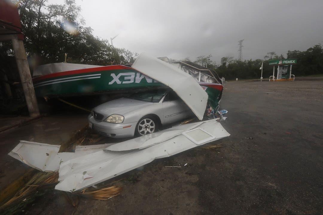 Grace, de nuevo huracán, avanza hacia la costa de México