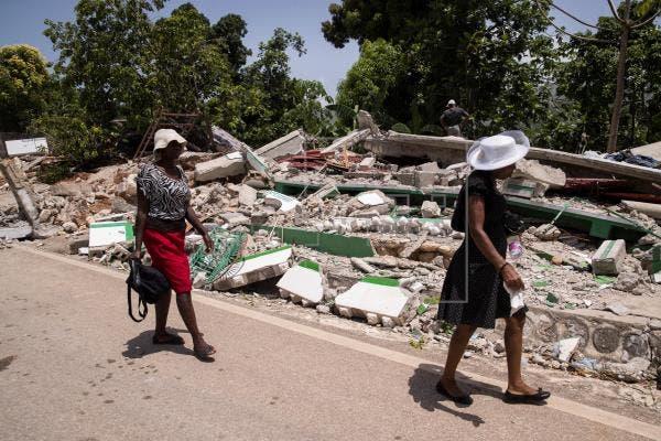 Haití pide a los topos mexicanos dejar las labores de rescate tras el sismo