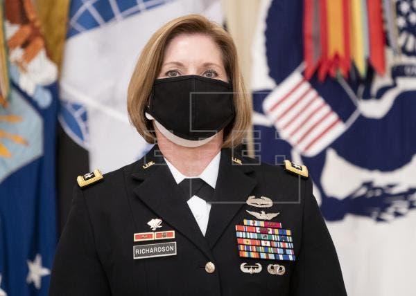 El Senado confirma a la primera mujer al frente del Comando Sur de EE.UU