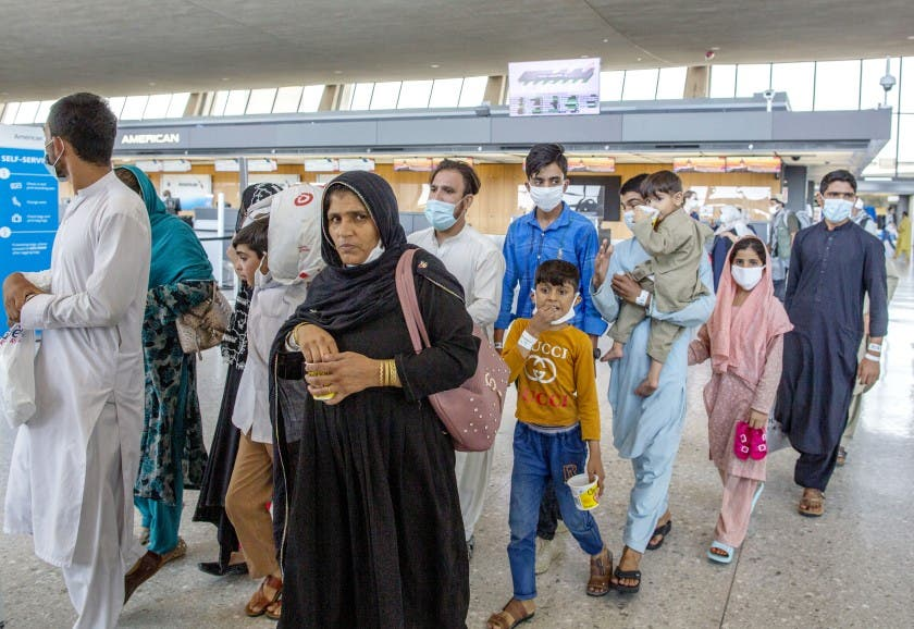EE.UU abre centro de vacunación para evacuados de Afganistán