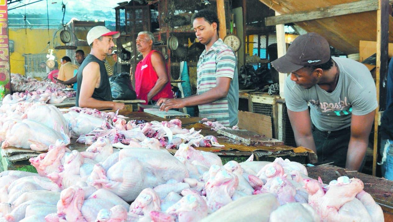 Gobierno autorizará la libre importación de carne de pollo