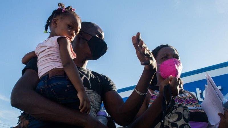 """""""Salí de Chile, pasé por Perú, Ecuador, Colombia y Panama»: la difícil ruta latinoamericana de los haitianos que lograron ser admitidos en EEUU"""