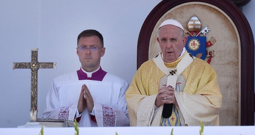Papa oficia misa masiva en Hungría