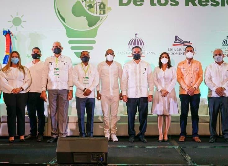 Congreso sobre manejo integral de desechos