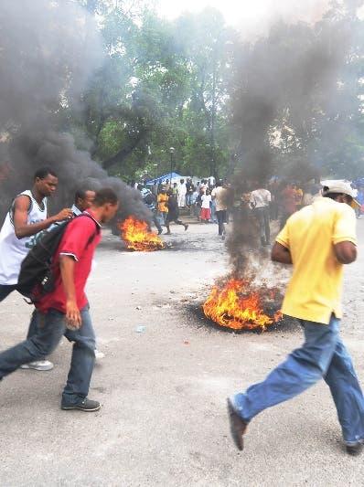 Muertes y violencia siguen en Haití
