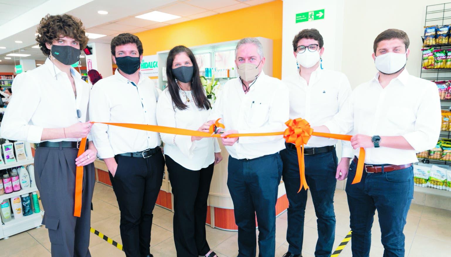 Farmacias Los Hidalgos llega a ciudad de La Vega
