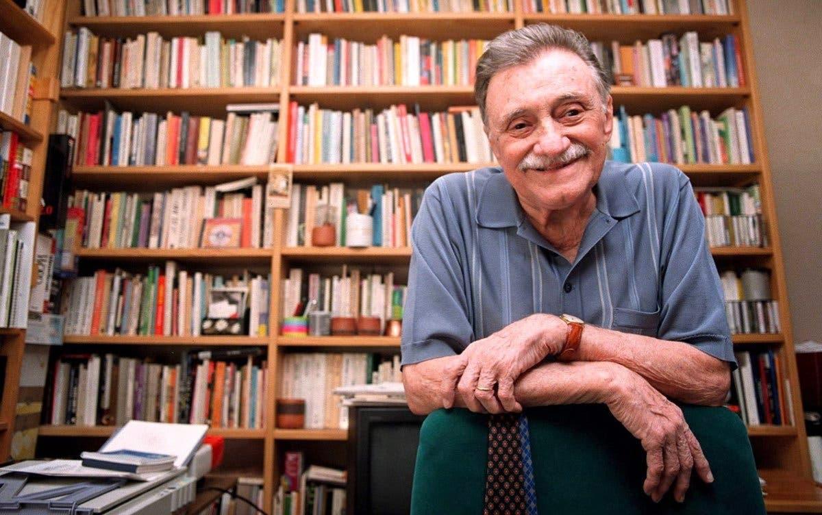 El Centro de Estudios Mario Benedetti ampliará su atención a los institutos