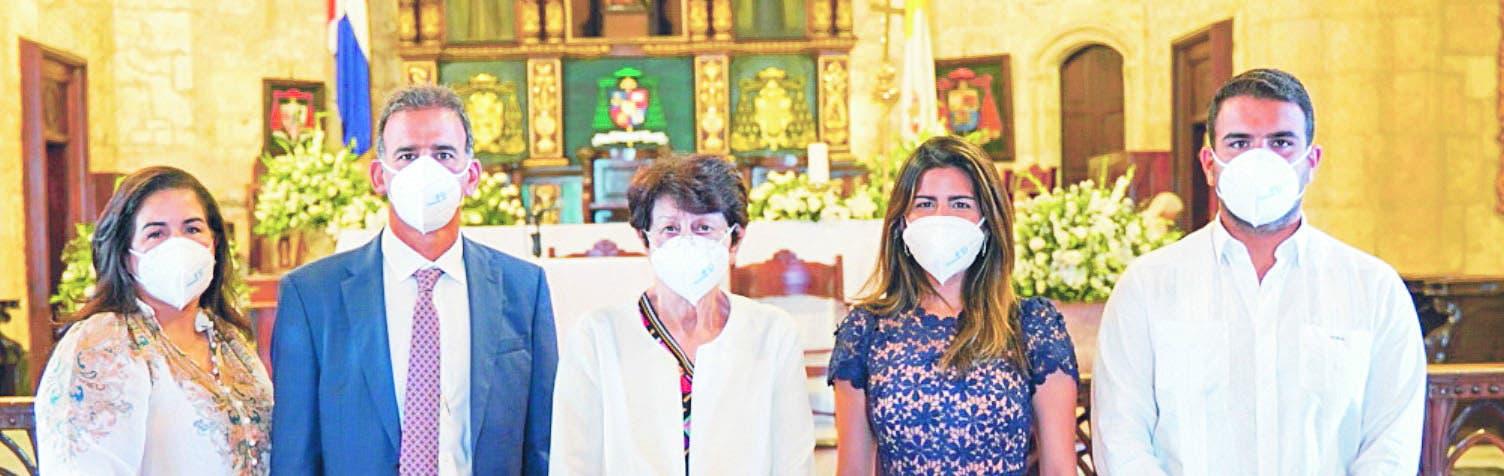 Farmaconal hace eucaristía por su 50 aniversario