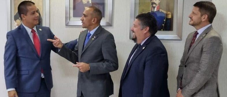 Jefes de la DEA  y de la DNCD se reunieron ayer
