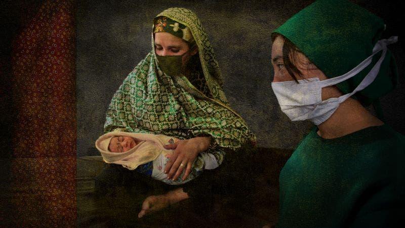 Afganistán: La «horrible experiencia» de dar a luz bajo el régimen talibán