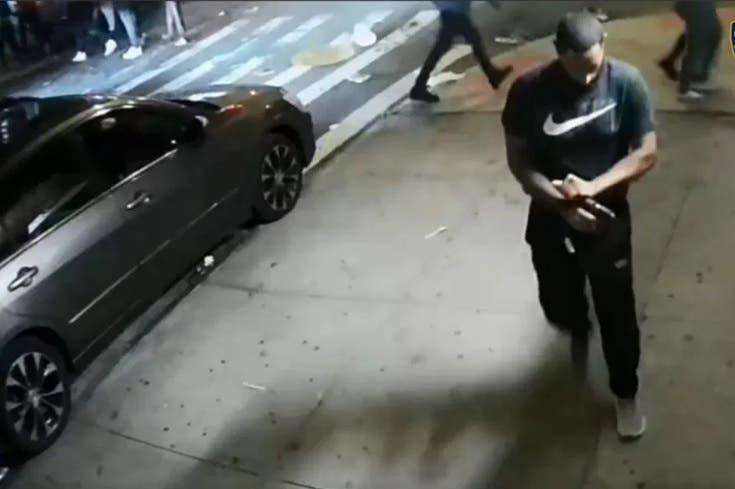 Dispara a mansalva en Alto Manhattan; policía ofrece 3,500 dólares por información