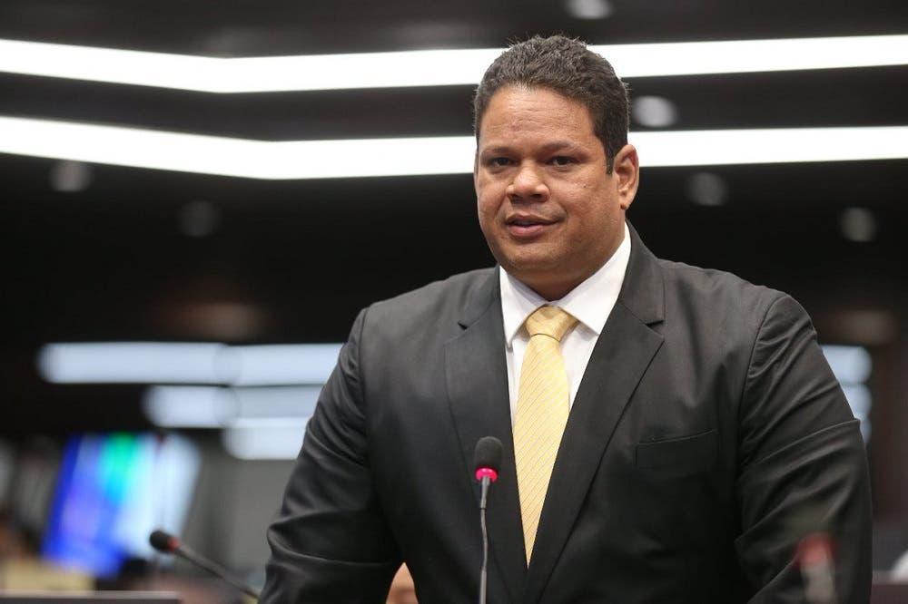Exdiputado del PLD critica gestión de los legisladores PRM en Santiago